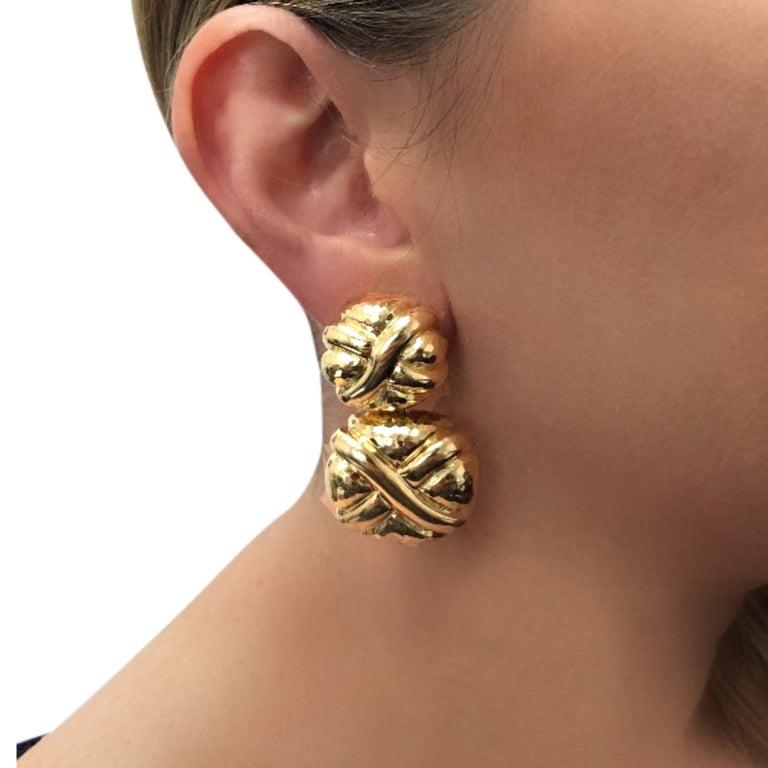 Modern Andrew Clunn 18 Karat Yellow Gold Dangle Earrings For Sale