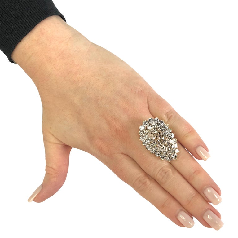 11.72 Carat Pear Shape Diamond Ring In Excellent Condition For Sale In Miami, FL
