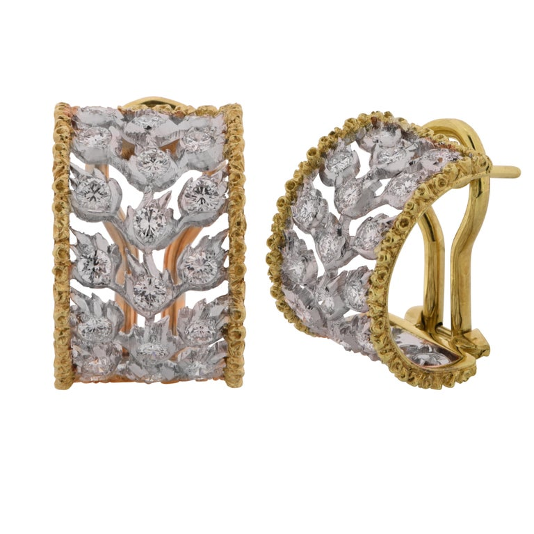 Buccellati Ramage Collection Diamond Huggie Earrings In Good Condition For Sale In Miami, FL