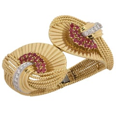 1959 Kutchinsky London  Ruby Diamond Gold Bangle Bracelet