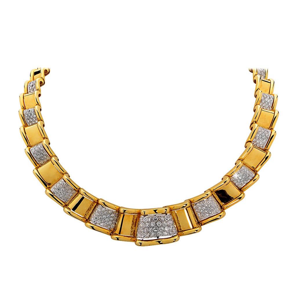 17.50 Carat Diamond Gold Necklace