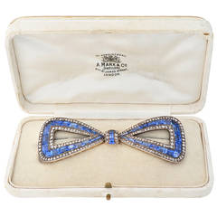 Delightful Antique 30 Carats Sapphires Diamond silver gold Bow Pin