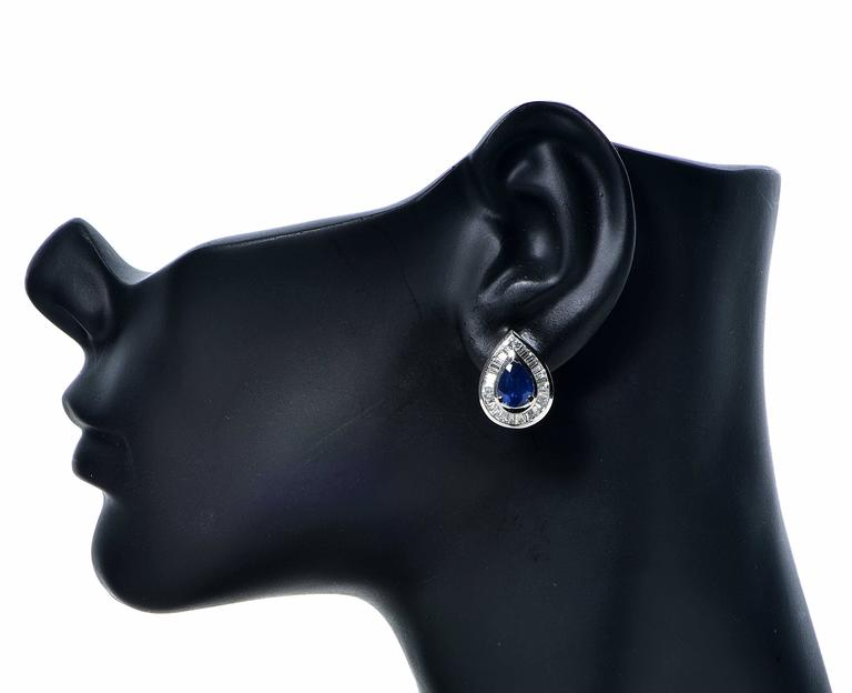 Sapphire Diamond Gold Earrings In Excellent Condition For Sale In Miami, FL