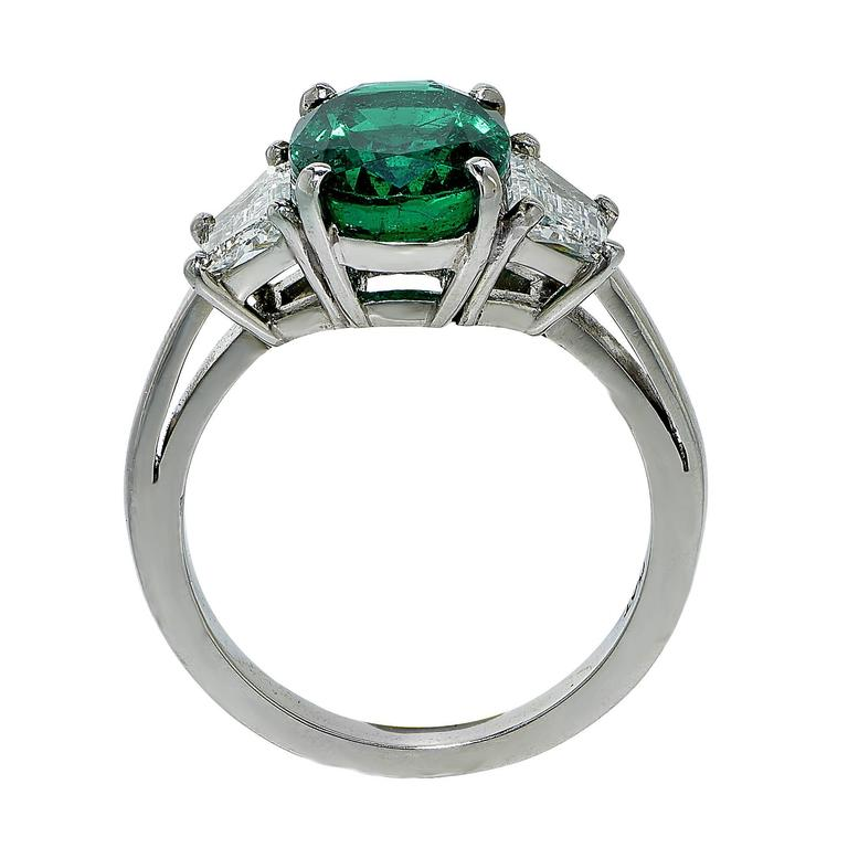 Oval Cut AGL Graded 2.75 Carat Emerald and Diamond Engagement Ring For Sale