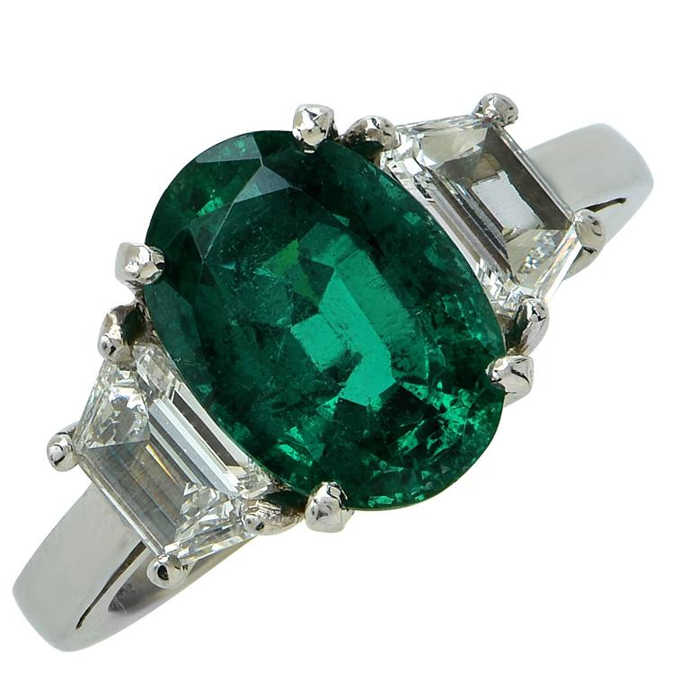 AGL Graded 2.75 Carat Emerald and Diamond Engagement Ring For Sale
