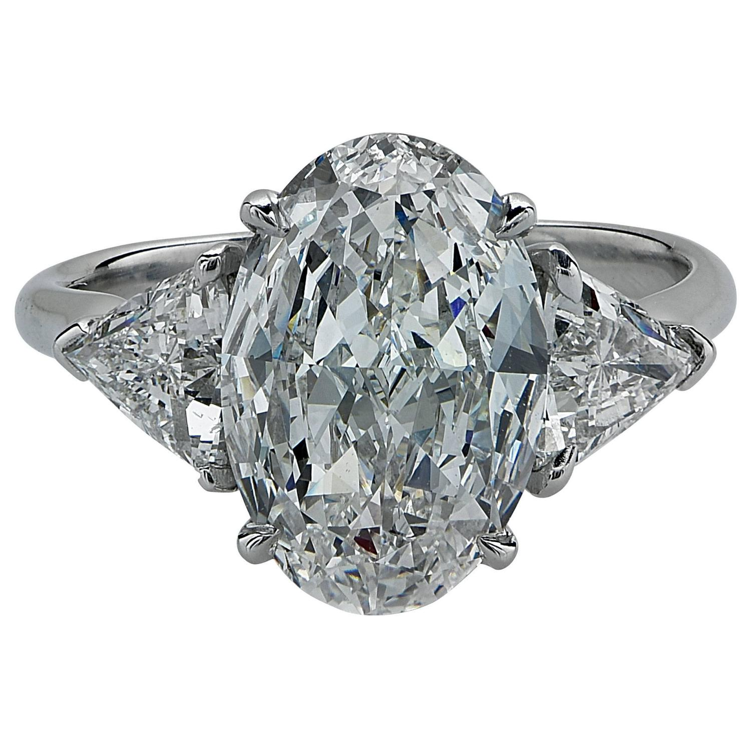 2 82 Carat GIA Cert Oval Diamond Platinum Engagement Ring For Sale at 1stdibs