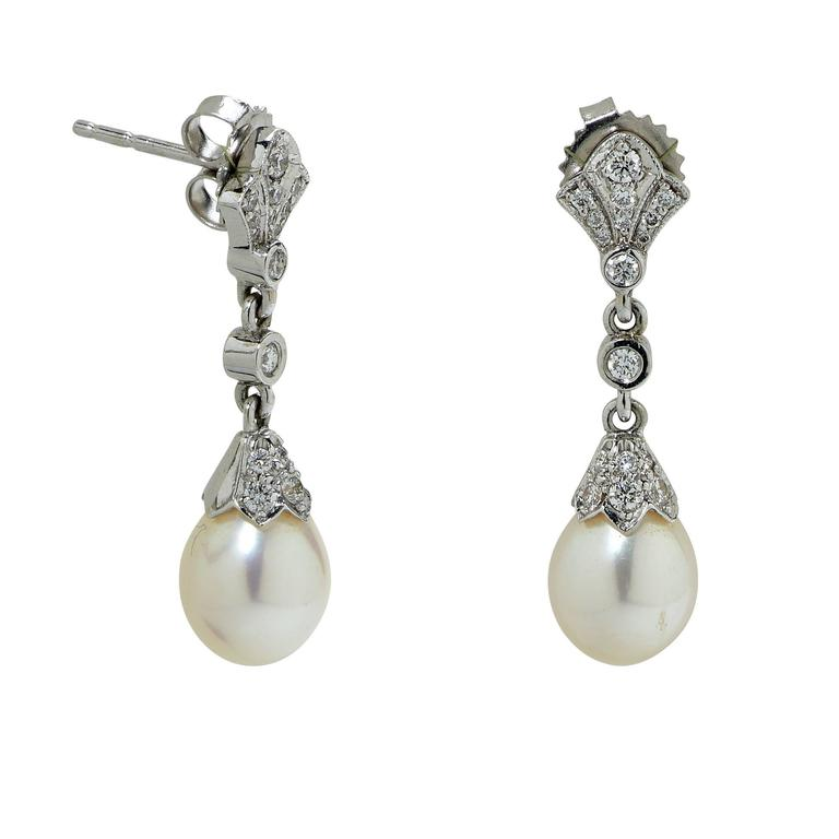 Pearl diamond gold earring and necklace set at 1stdibs for Diamond pearl jewelry sets