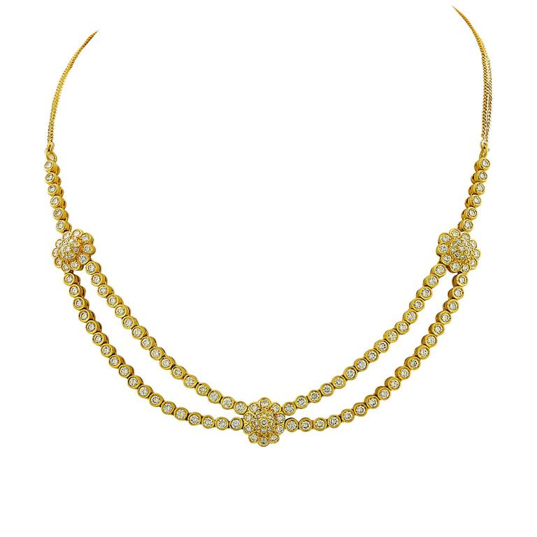 9.60 Carats Diamonds Gold Necklace and Earring Set 2