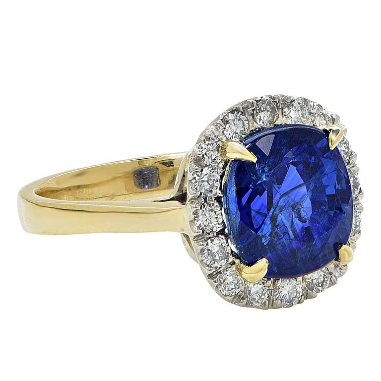 Cushion Cut AGL Graded 4.97 Carat Sapphire Diamond Yellow Gold Ring For Sale