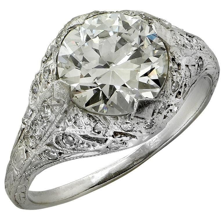117564e37b4be Art Deco 2.05 Carat Diamond Engagement Ring, circa 1930s