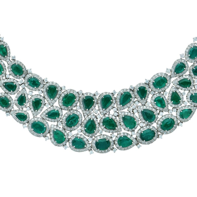 Modern 101 Carat Emerald and Diamond Necklace and Earrings Set For Sale