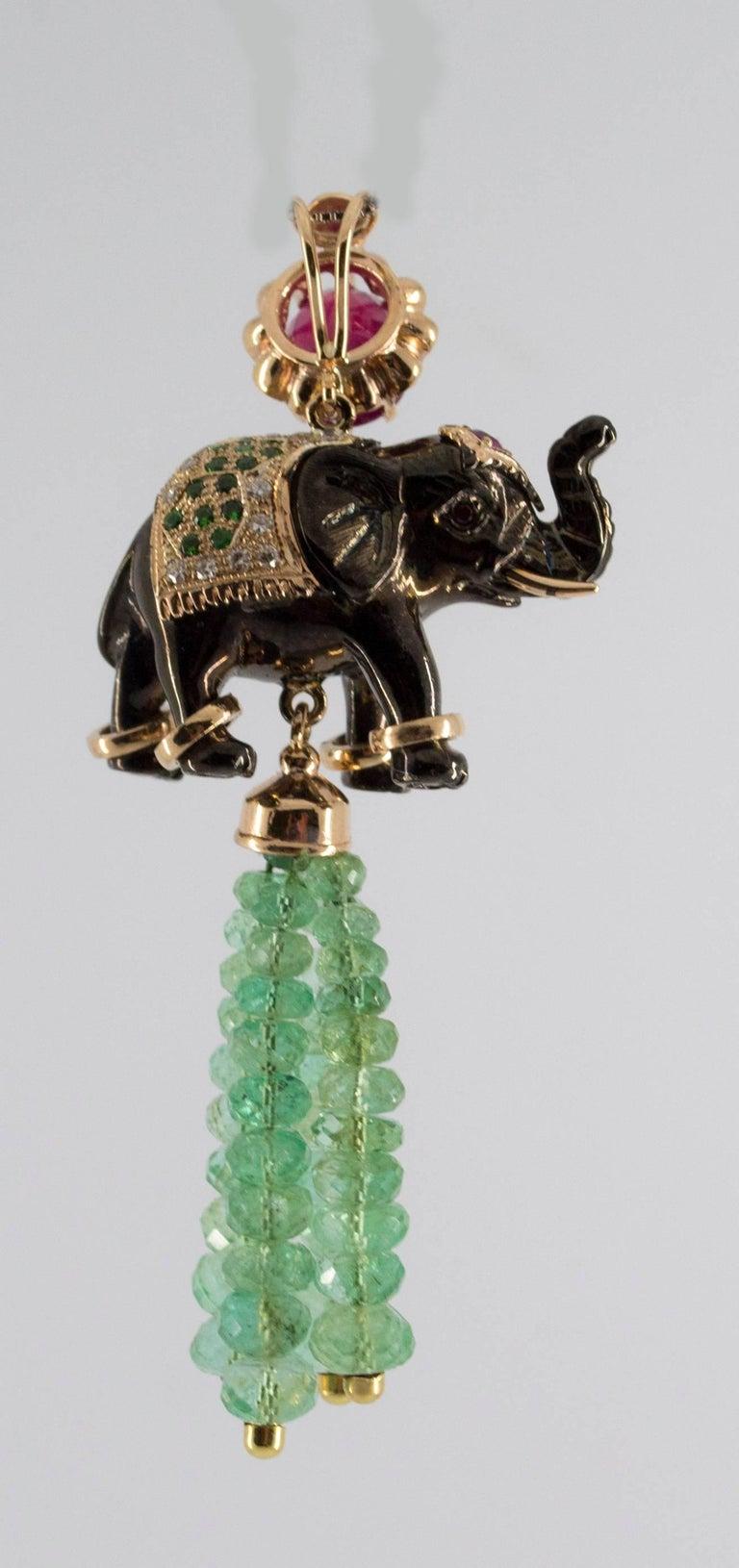 19.90 Carat Emerald 3.10 Carat Ruby Tsavorite Yellow Gold Elephant Pendant For Sale 5