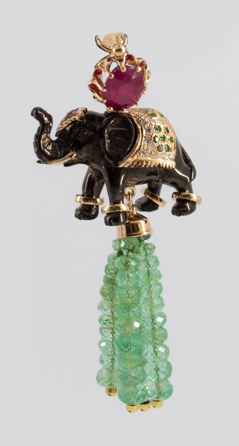 19.90 Carat Emerald 3.10 Carat Ruby Tsavorite Yellow Gold Elephant Pendant For Sale 7