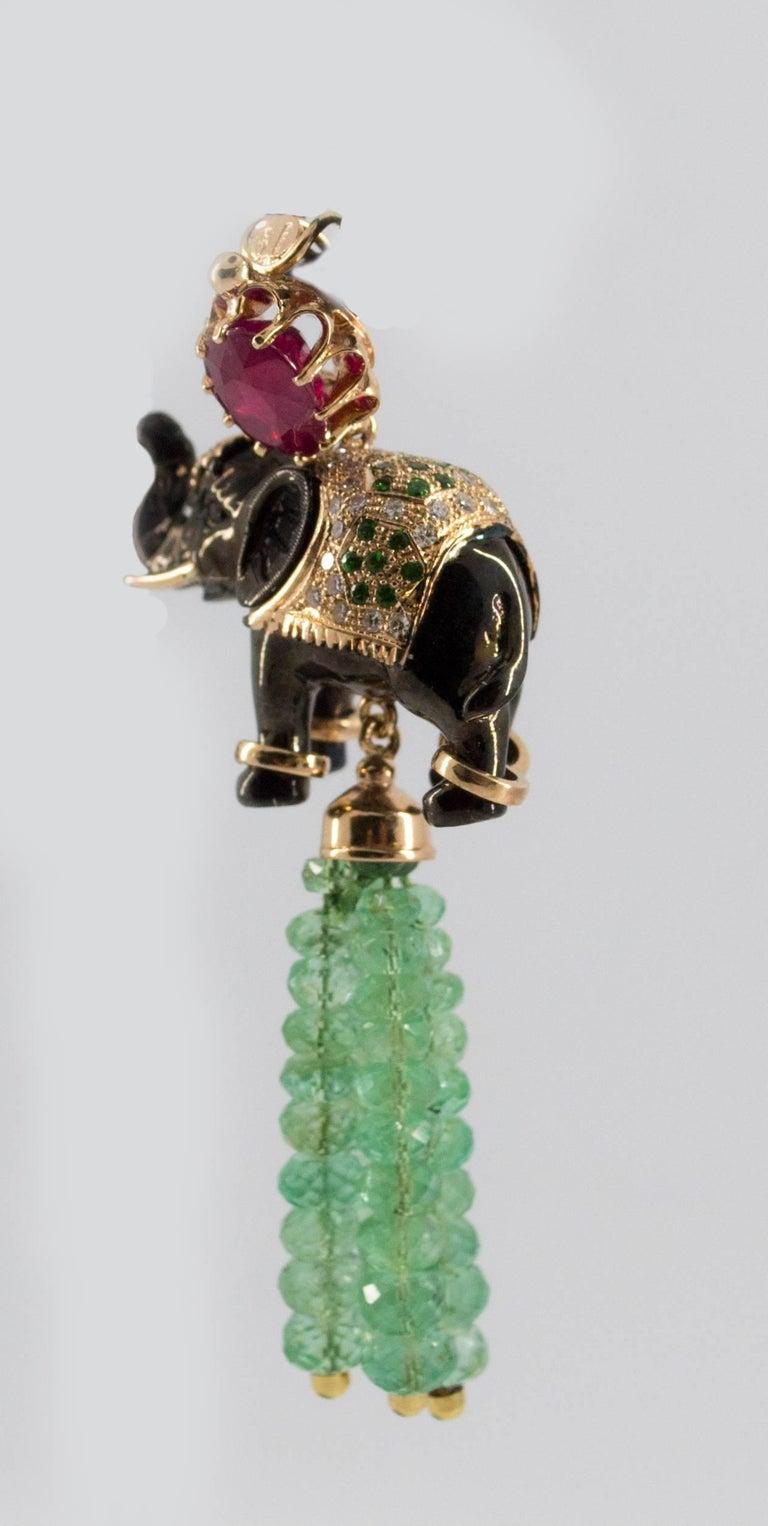 19.90 Carat Emerald 3.10 Carat Ruby Tsavorite Yellow Gold Elephant Pendant For Sale 9