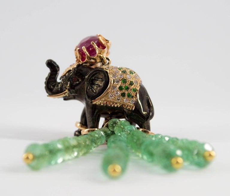 19.90 Carat Emerald 3.10 Carat Ruby Tsavorite Yellow Gold Elephant Pendant For Sale 11