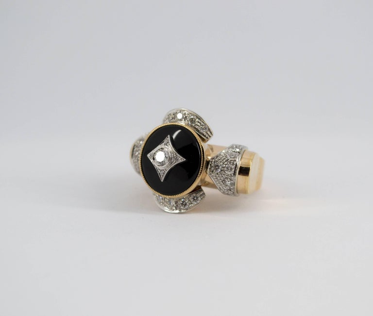 Women's or Men's Renaissance Style 0.75 Carat Diamond Onyx Yellow Gold Cocktail Ring For Sale