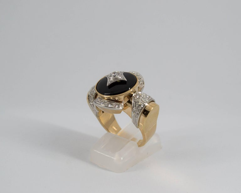 Renaissance Style 0.75 Carat Diamond Onyx Yellow Gold Cocktail Ring For Sale 6