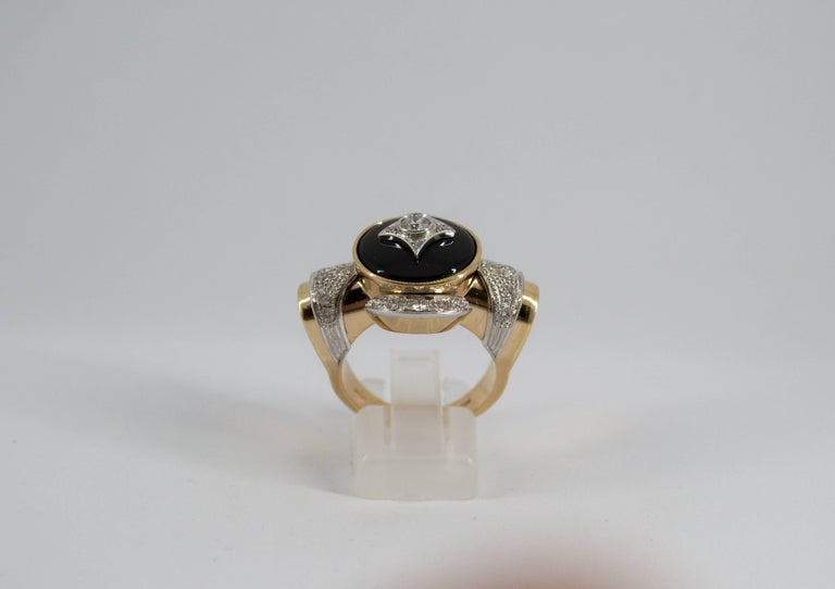 Renaissance Style 0.75 Carat Diamond Onyx Yellow Gold Cocktail Ring For Sale 9