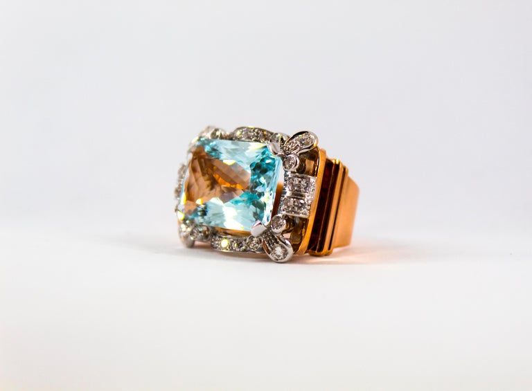 15.20 Carat Aquamarine 0.87 Carat White Diamond Yellow Gold Cocktail Ring For Sale 7