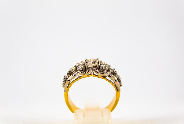 Renaissance Style 2.00 Carat White Diamond Yellow Gold Band Ring In New Condition For Sale In Naples, IT