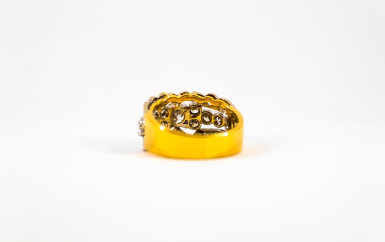 Renaissance Style 2.00 Carat White Diamond Yellow Gold Band Ring For Sale 9