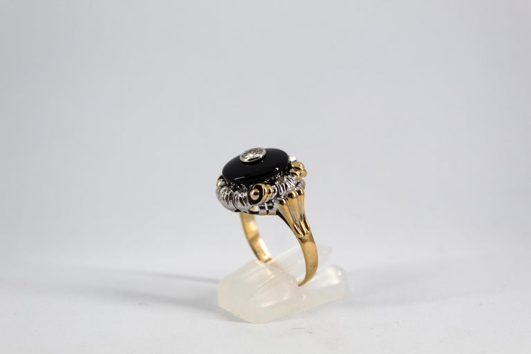 Renaissance Style 0.20 Carat White Diamond Onyx Yellow Gold Cocktail Ring In New Condition For Sale In Naples, IT