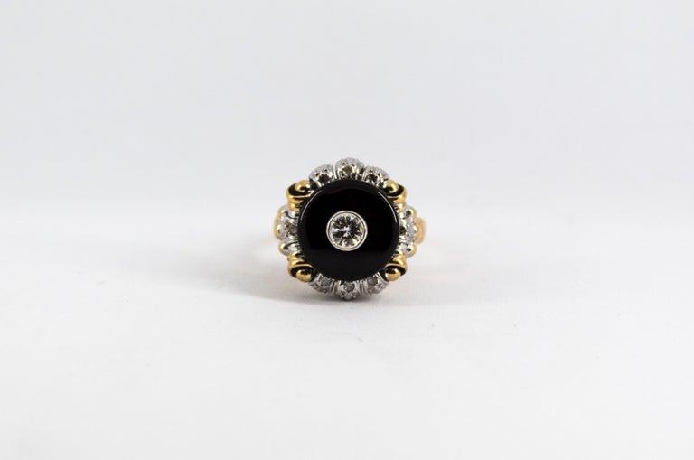 Renaissance Style 0.20 Carat White Diamond Onyx Yellow Gold Cocktail Ring For Sale 5