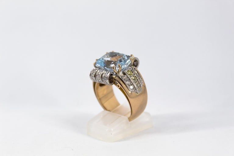 Art Deco Style 7.18 Carat Aquamarine 0.94 Carat Diamond Yellow Gold Ring For Sale 1