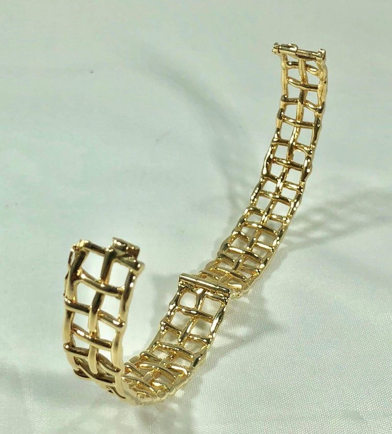 Daunis 14 Karat Yellow Gold Hinged Cuff Bracelet For Sale 7