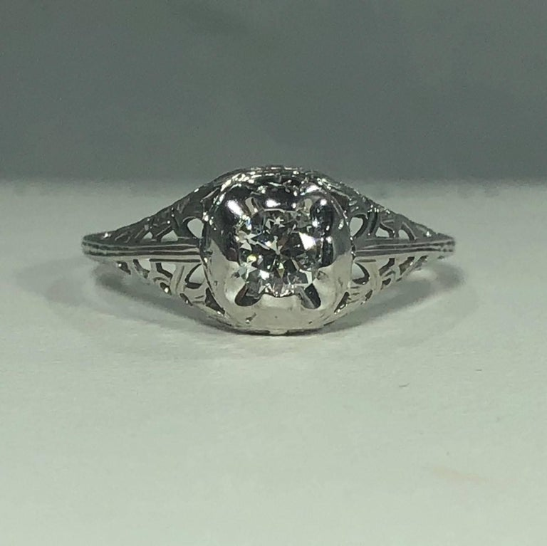 Art Deco 18 Karat .29 Carat Old European Cut Diamond Solitaire Engagement Ring In Excellent Condition For Sale In Mansfield, OH