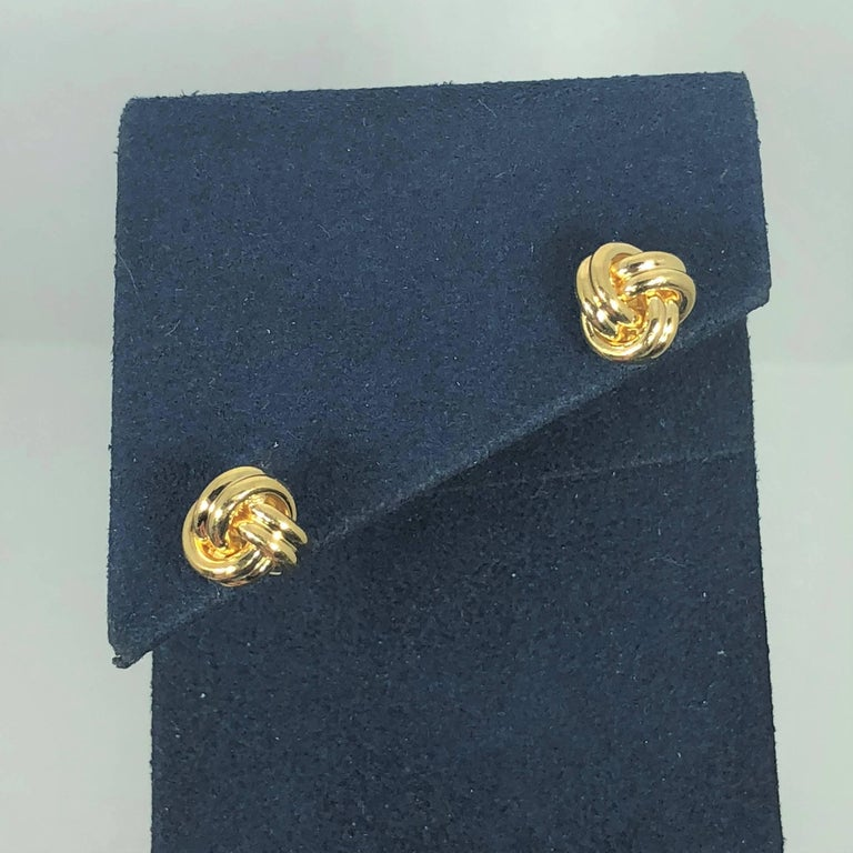 Tiffany & Co. 18 Karat Yellow Gold Love Knot Stud Earrings In Excellent Condition For Sale In Mansfield, OH