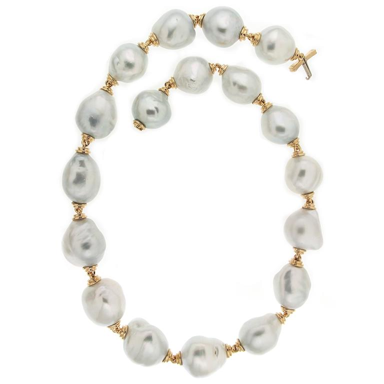 South Sea Baroque Pearl Necklace with Gold Links 1