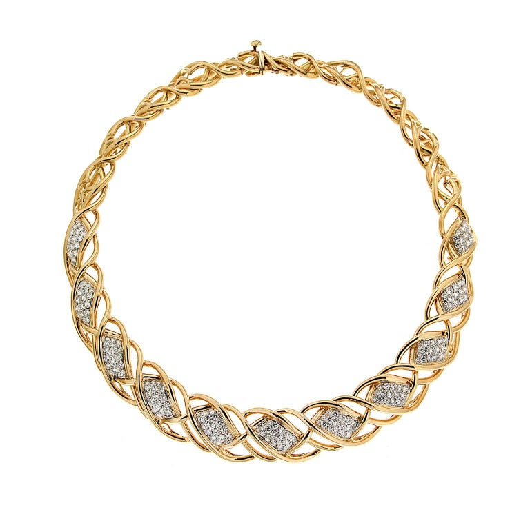 Valentin Magro Curvy Twisted Gold Line Necklace with Diamond Pave Motifs For Sale