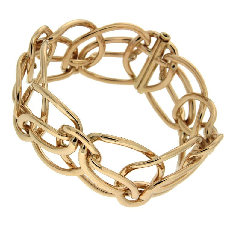 Gold Looping Ribbon Bracelet
