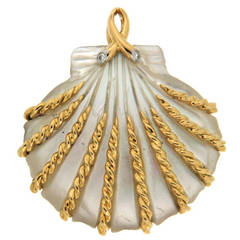 Hand-Carved Mother-of-Pearl Sea Shell Gold Pendant