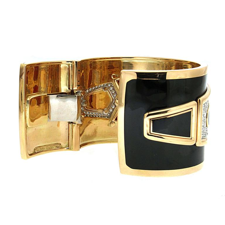 Special Cut Coral Black Enamel Diamond Gold Cuff Bracelet 4