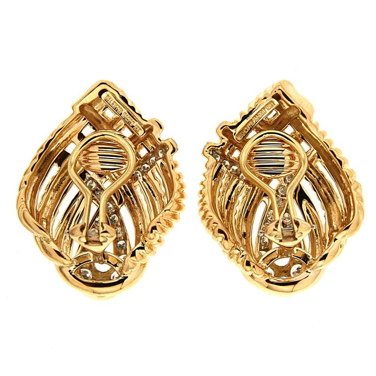 Diamond Gold Four Line Twist Earrings  3