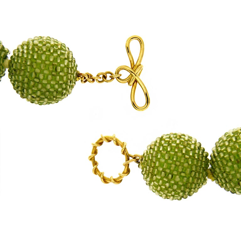 Women's Valentin Magro Large Peridot Gold Woven Ball Necklace For Sale