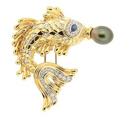 Whimsical Fish Brooch Pescado del Orient with Sapphire and Tahitian Pearl