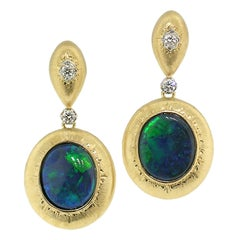 18kt Hand Engraved Earrings with 4.87ct Black Opals, Handmade in Florence, Italy