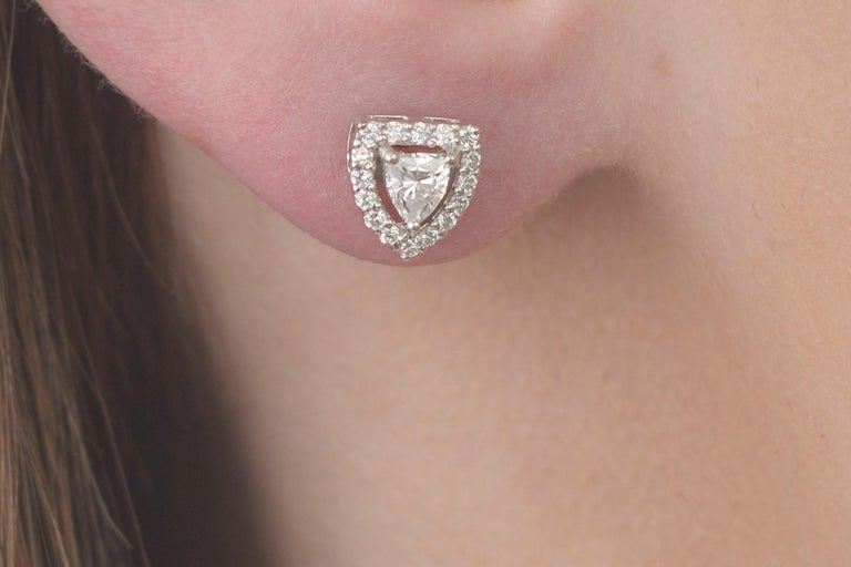 Fancy Shield Shape Diamond Stud Earrings In New Condition For Sale In New York, NY