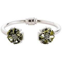 .925 Sterling Silver Olive Peridot M/L Blossom Stone Hinge Bracelet
