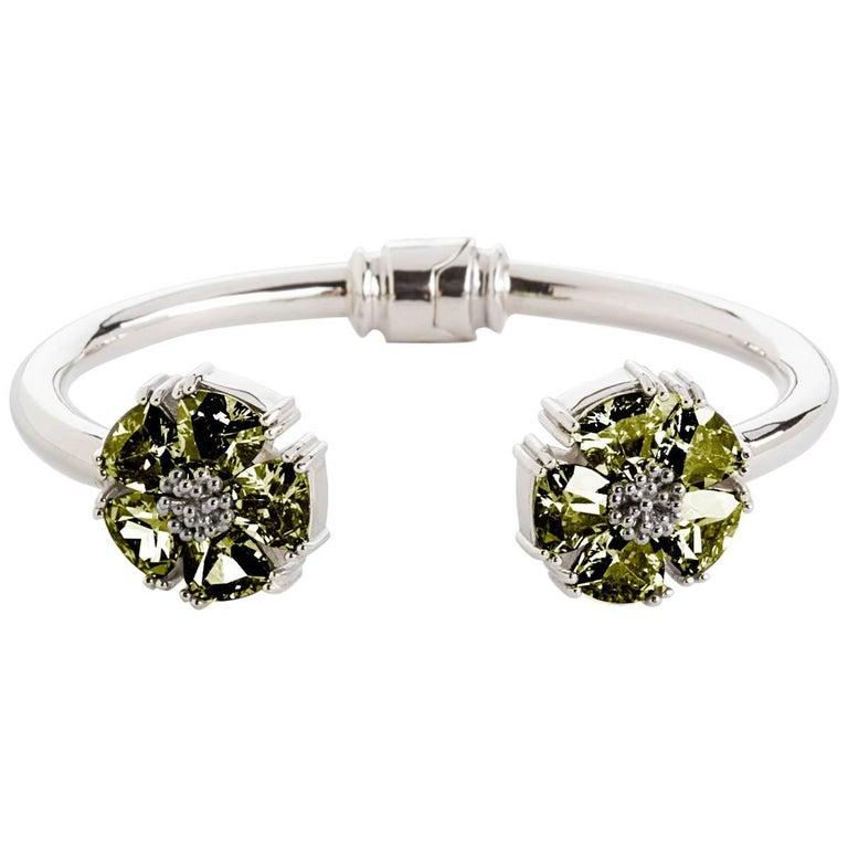 .925 Sterling Silver Olive Peridot M/L Blossom Stone Hinge Bracelet