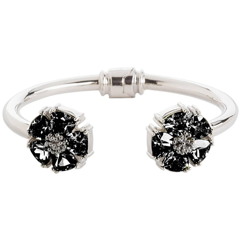 .925 Sterling Silver Black Sapphire M/L Blossom Stone Hinge Bracelet