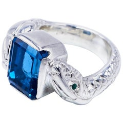 18 Karat White Gold Blue Topaz White Diamond Emerald Snake Ring