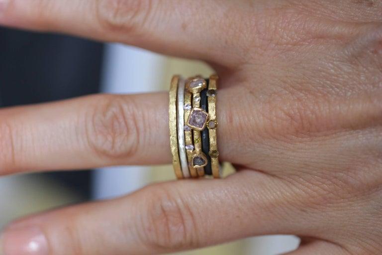 Color Diamond Tree-Stone Bezel Set in 22k Gold Engagement Bridal Ring Handmade   For Sale 9