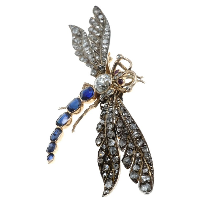 Victorian Diamond and Sapphire Gold Dragonfly Brooch For Sale 1