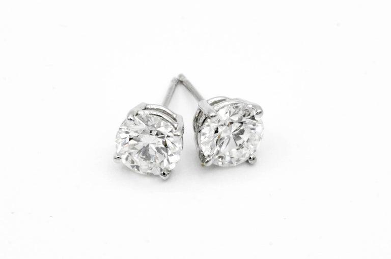 Modern 2.02 Carat Diamond Stud Earrings in 14 Karat White Gold For Sale