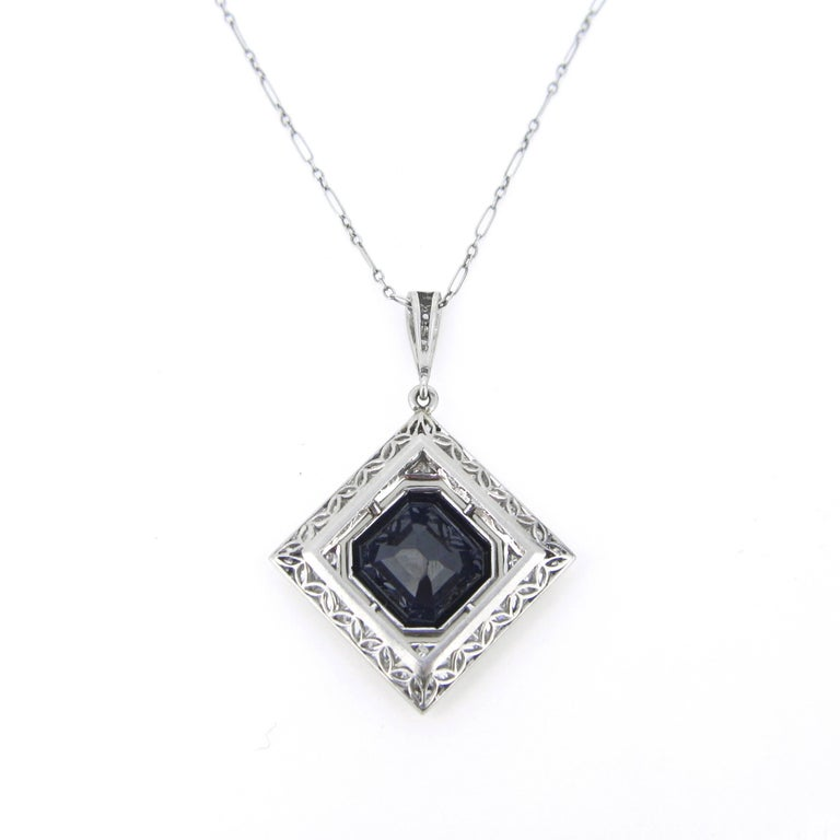 Sapphire and Diamonds Art Deco French Pendant Necklace In New Condition For Sale In London, GB