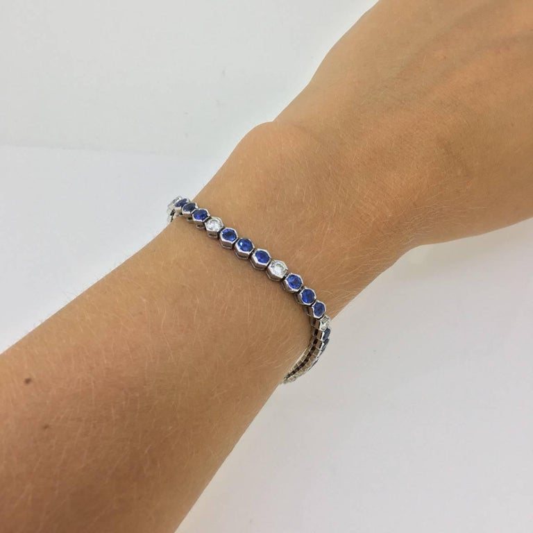 Sapphires Diamonds White Gold Tennis Bracelet In New Condition For Sale In London, GB
